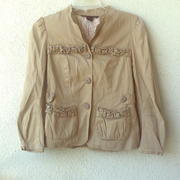 Marc By Marc Jacobs Jackets & Blazers - Marc by Marc Jacobs tan ruffle detail blazer